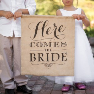 rustic-here-comes-the-bride-sign-31259_1024x1024